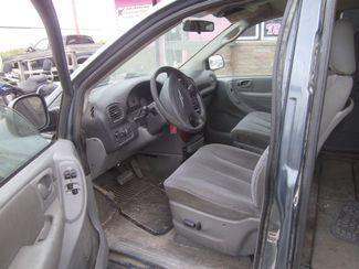 2006 Chrysler Town 38 Country LX  city NE  JS Auto Sales  in Fremont, NE