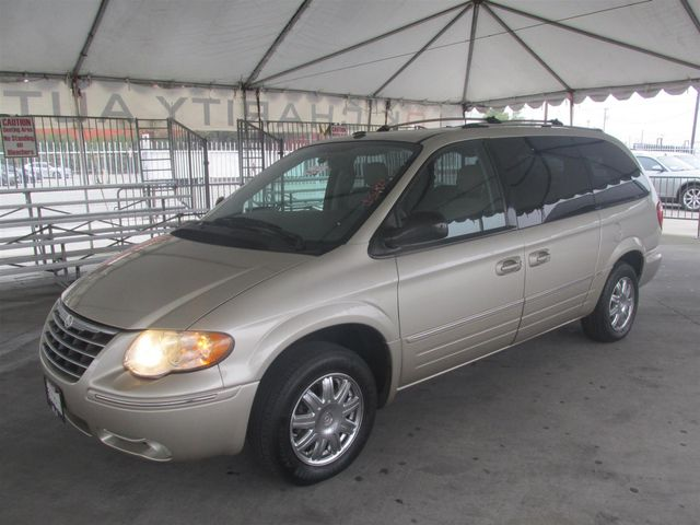 2006 Chrysler Town & Country Limited Gardena, California