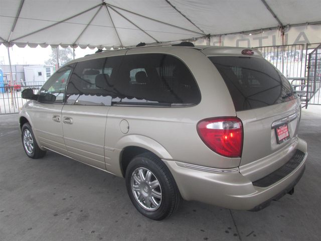 2006 Chrysler Town & Country Limited Gardena, California 1