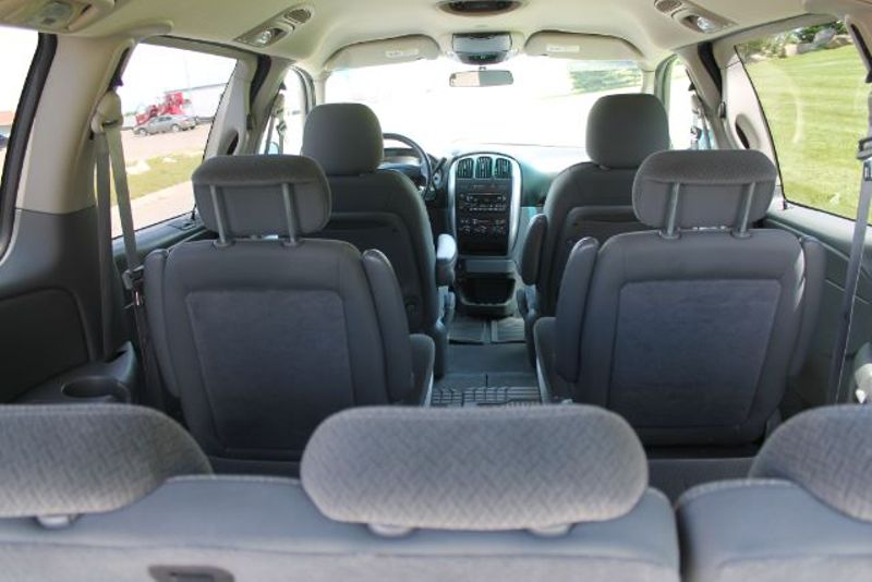 2006 Chrysler Town 38 Country Touring  city MT  Bleskin Motor Company   in Great Falls, MT