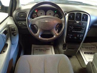 2006 Chrysler Town & Country Touring Lincoln, Nebraska 4