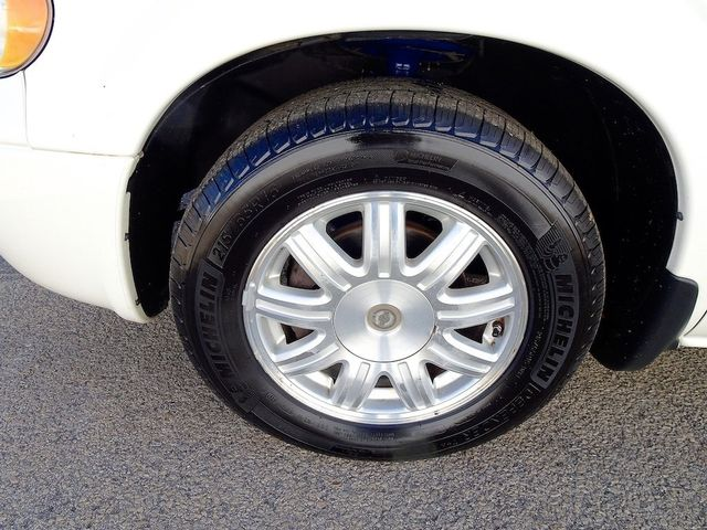 2006 Chrysler Town & Country Touring Madison, NC 10