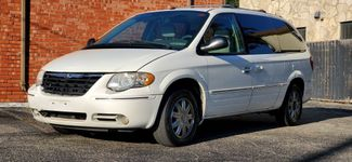 2006 Chrysler Town &38; Country Limited in San Antonio, TX 78212