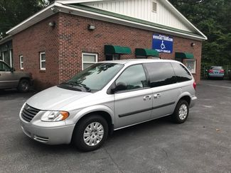 2006 Chrysler Town & Country Handicap Accessible Wheelchair Van Handicap wheelchair van Dallas, Georgia 6