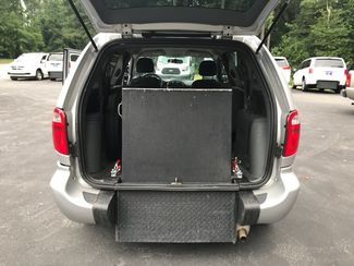 2006 Chrysler Town & Country Handicap Accessible Wheelchair Van Handicap wheelchair van Dallas, Georgia 3