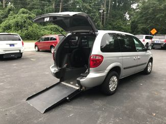 2006 Chrysler Town & Country Handicap Accessible Wheelchair Van Handicap wheelchair van Dallas, Georgia 1