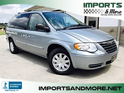 2006 Chrysler Town & Country Touring in Lenoir City, TN