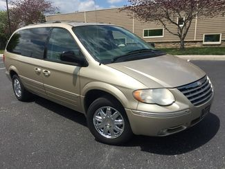 2006 Chrysler Town  Country Limited Imports and More Inc  in Lenoir City, TN