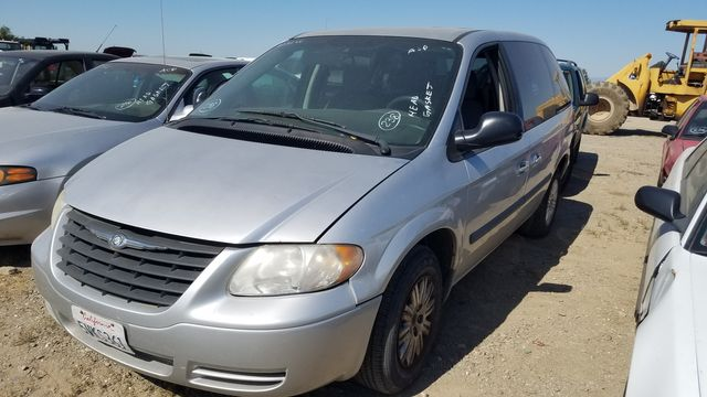 2006 Chrysler Town & Country in Orland, CA 95963