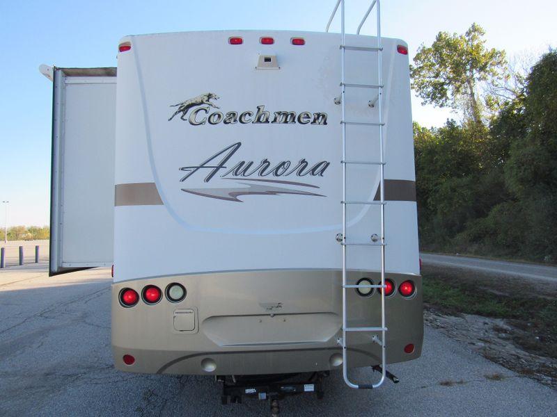 2006 Coachmen Aurora Class A RV  St Charles Missouri  Schroeder Motors  in St. Charles, Missouri