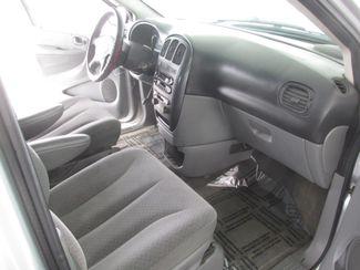 2006 Dodge Caravan SXT Gardena, California 10
