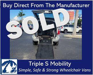 2006 Dodge Caravan Sxt Wheelchair Van Handicap Ramp Van in Pinellas Park, Florida 33781