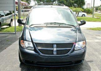 2006 Dodge Caravan Sxt Wheelchair Van Handicap Ramp Van Pinellas Park, Florida 3