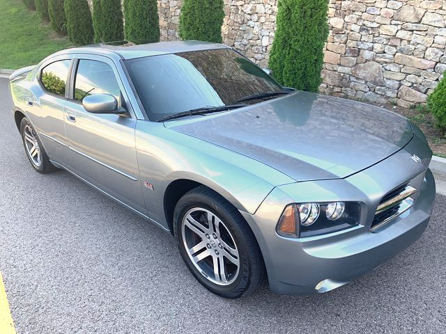 2006 Dodge-Hemi-V8!! R/T Package! Moonroof! Charger-MINT CARMARTSOUTH.COM R/T