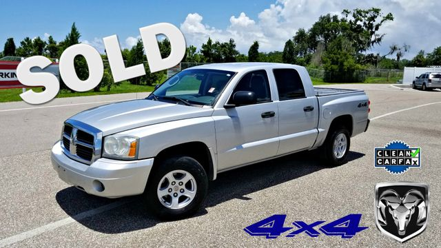 2006 Dodge Dakota 1 OWNER CLEAN CARFAX  QUAD CAB SLT V8 4X4 | Palmetto, FL | EA Motorsports in Palmetto FL