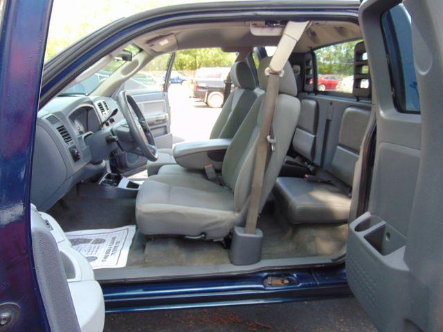 2006 Dodge Dakota SLT Alexandria, Minnesota 11