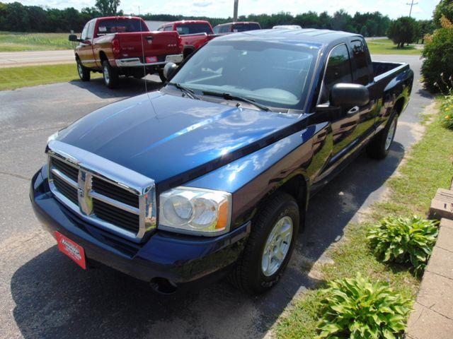 2006 Dodge Dakota SLT Alexandria, Minnesota 2
