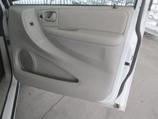 2006 Dodge Grand Caravan SXT Gardena, California 12