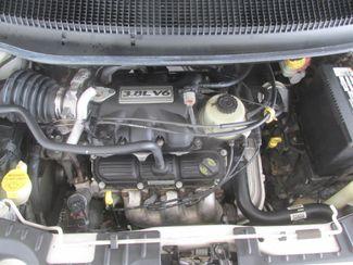 2006 Dodge Grand Caravan SXT Gardena, California 14