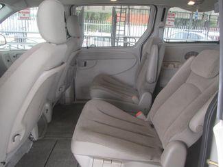 2006 Dodge Grand Caravan SXT Gardena, California 9