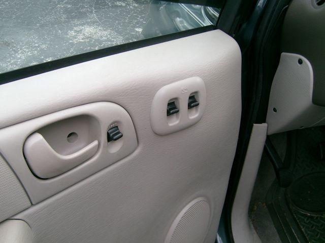 2006 Dodge Grand Caravan Se Wheelchair Van Handicap Ramp Van Pinellas Park, Florida 8