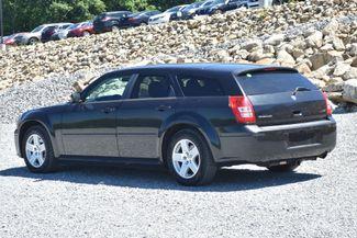 2006 Dodge Magnum Naugatuck, Connecticut 2