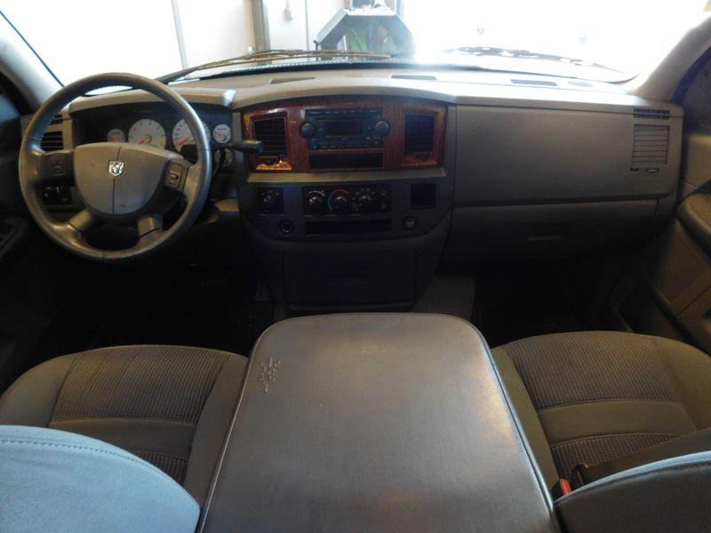 2006 Dodge Ram 1500 SLT  city TN  Doug Justus Auto Center Inc  in Airport Motor Mile ( Metro Knoxville ), TN