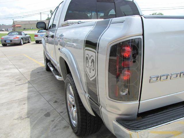 2006 Dodge Ram 1500 SLT 4WD in Medina, OHIO 44256
