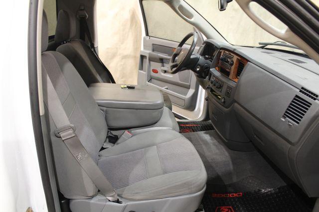 2006 Dodge Ram 1500 SLT in Roscoe IL, 61073