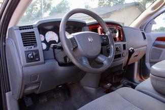2006 Dodge Ram 2500 SLT Big Horn Quad Cab 2WD 5.9L Cummins Diesel 6 Speed Manual Sealy, Texas 26