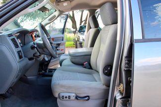 2006 Dodge Ram 2500 SLT Big Horn Quad Cab 2WD 5.9L Cummins Diesel 6 Speed Manual Sealy, Texas 27