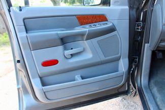 2006 Dodge Ram 2500 SLT Big Horn Quad Cab 2WD 5.9L Cummins Diesel 6 Speed Manual Sealy, Texas 30