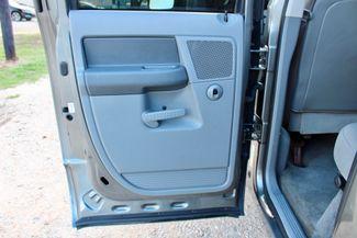 2006 Dodge Ram 2500 SLT Big Horn Quad Cab 2WD 5.9L Cummins Diesel 6 Speed Manual Sealy, Texas 34