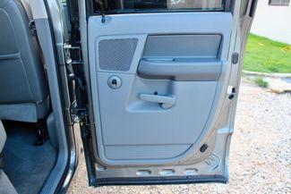 2006 Dodge Ram 2500 SLT Big Horn Quad Cab 2WD 5.9L Cummins Diesel 6 Speed Manual Sealy, Texas 38