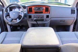2006 Dodge Ram 2500 SLT Big Horn Quad Cab 2WD 5.9L Cummins Diesel 6 Speed Manual Sealy, Texas 45