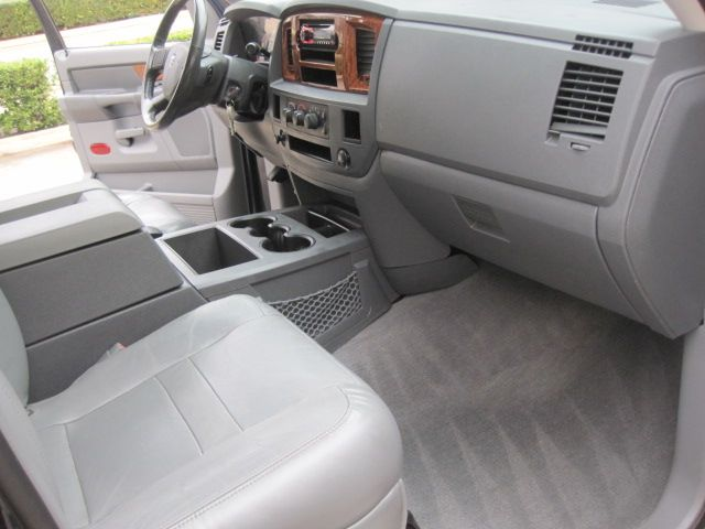 2006 Dodge Ram 3500 Mega Cab SLT, Leather, 5.9 Cummins Diesel Only 123k Miles in Plano, Texas 75074