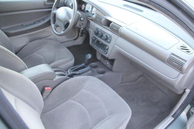2006 Dodge Stratus Sdn SXT Santa Clarita, CA 9