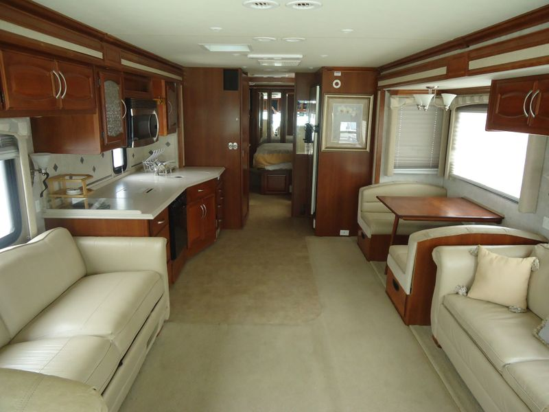 2006 Fleetwood Excursion 39S  in Sherwood, Ohio