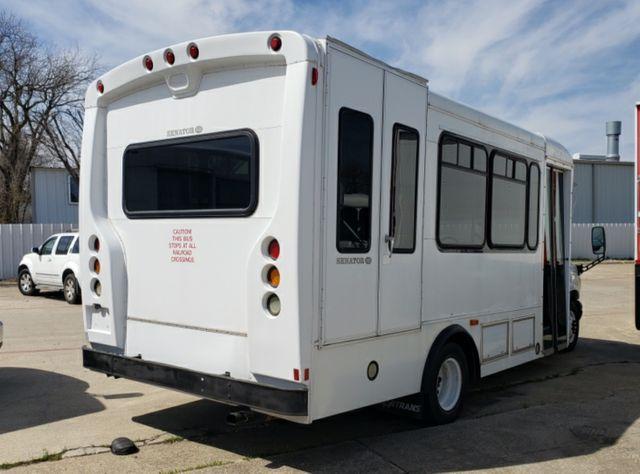 2006 Ford E450 VN Irving, Texas 4