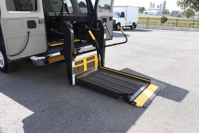 2006 Ford Econoline Wagon handicap wheelchair accessible van Dallas, Georgia