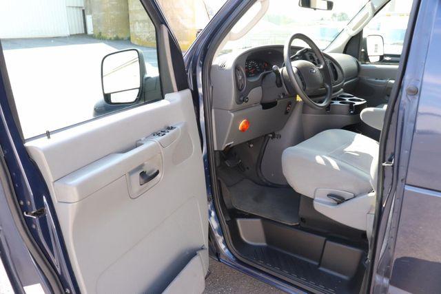 2006 Ford Econoline Wagon handicap wheelchair accessible van Dallas, Georgia 6