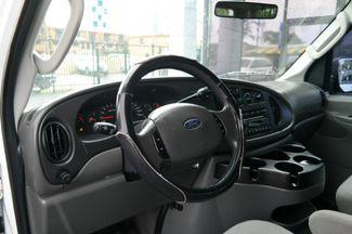 2006 Ford Econoline Wagon XLT Hialeah, Florida 10