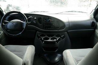 2006 Ford Econoline Wagon XLT Hialeah, Florida 22