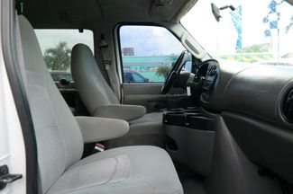 2006 Ford Econoline Wagon XLT Hialeah, Florida 25