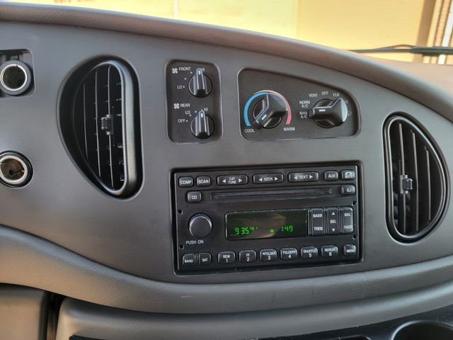 2006 Ford Econoline Wagon XLT in Hope Mills, NC 28348