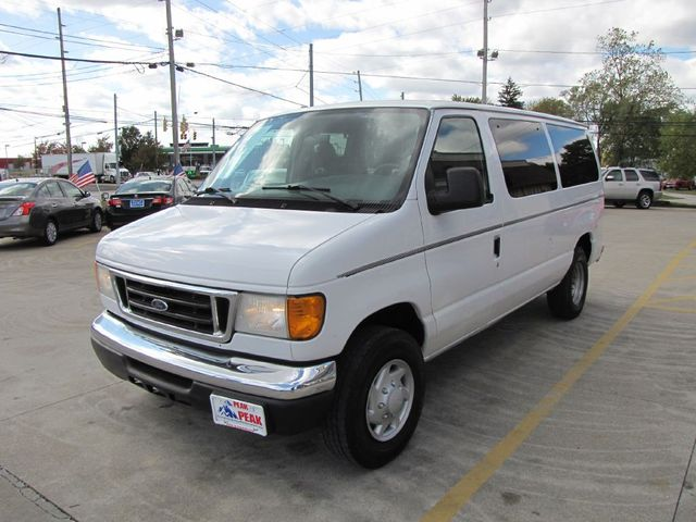 2006 Ford Econoline Wagon XLT in Medina, OHIO 44256