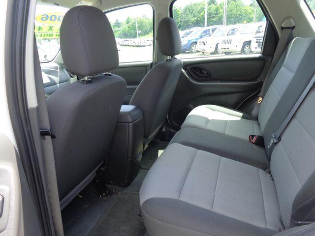 2006 Ford Escape XLS Hoosick Falls, New York 4