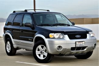 2006 Ford Escape Hybrid in Reseda, CA, CA 91335