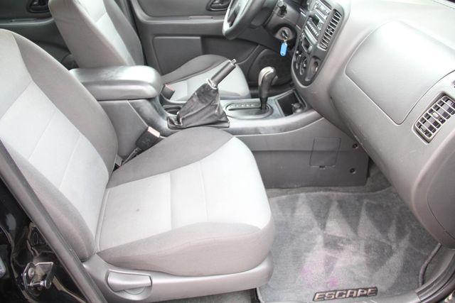 2006 Ford Escape XLS Santa Clarita, CA 14