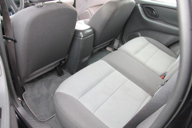 2006 Ford Escape XLS Santa Clarita, CA 15